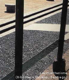 Esempio di pavimentazione e materiali: biblioteca Moreno, Santiago